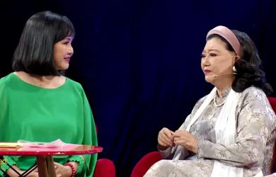 Xúc động với khoảnh khắc đoàn tụ của NSND Kim Cương và con gái nuôi sau 45 năm bị y tá mang đi